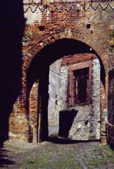 Biella porta