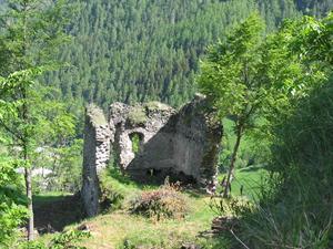 Casteldelfino_castello-vallevaraita-cn-it