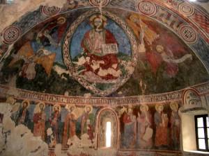 Sparone_Santa_Croce_Affreschi_Abside_WIKI